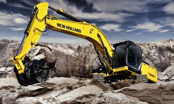 2012_10_MZ_PAGE_NEW_HOLLAND_EXCAVATORS